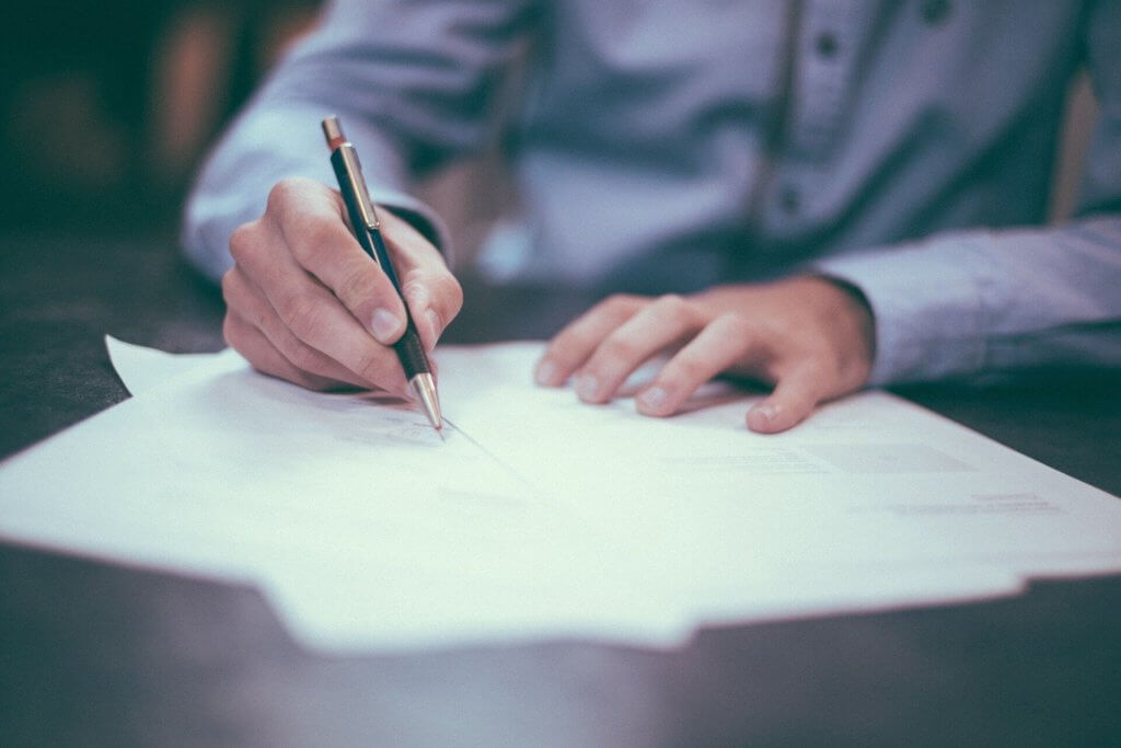 Uitgaven veilig en op afstand ondertekenen met Klippa's declaratie software.