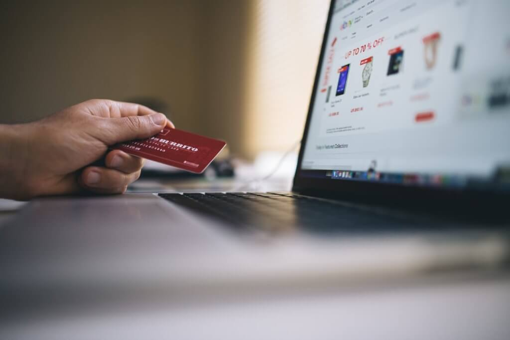 Simplify credit card payments